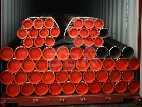 More than 200MT ASTM A106 Grade B seamless steel pipes finished loading into the containers and read